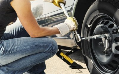 How to Safely change a Flat Tyre